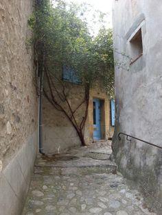 Eus : Pyrénées-Orientales, France. Beaux Villages, France, Buildings, French