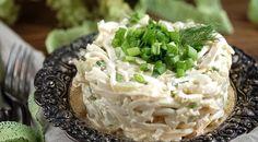 Невероятно нежный салат из кальмаров