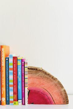 half log book end DIY #diy #crafts #bookend