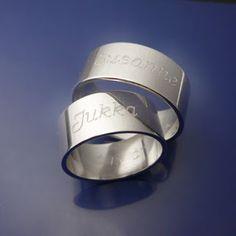 #Förlovningsringar på #personligt vis. #Förlovning #Namnringar #Graverade #ringar Älskade Barn #engagementrings #wedding #weddingrings