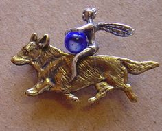 must have!  pin pendant - fairy riding a trotting welsh corgi cardigan