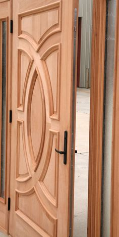 Mahogany Exterior Doors with Sidelights and Transoms 68 Single Door Design, Wooden Front Door Design, Exterior Doors With Sidelights, Double Doors Exterior, Room Door Design, Door Design Interior, Exterior Design, Door Design Images, Craftsman Style Doors