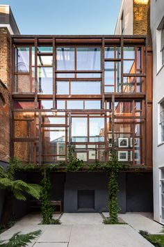 Amazing extension of a terraced house in London by Gianni Botsford Architects & Palladio Steel Systems