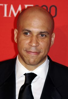 Cory Anthony Booker is an American politician, lawyer, and writer. Rosario Dawson is the girlfriend of Cory Booker. Rosario Dawson supported her boyfriend Corey Booker in the 2020 presidential election. Venus, Lgbt Ally, Yale Law School, Newark New Jersey, Us Senate, Cory Booker, The Girlfriends, On The Issues, Rock Concert