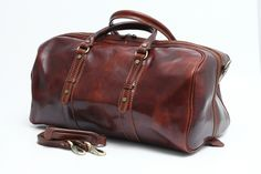 Visit our store for top Italian leather travel bags, briefcases and wallets. Duffle Bag Travel, Travel Bags, Duffel Bags, Leather Accessories, Travel Accessories, Shops, Leather Bags Handmade, Italian Leather, Purses And Bags