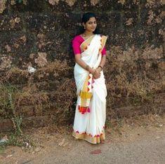 Nikhila Vimal is an Indian actress, born to Pavithran and Vimaladevi in Kannur, Kerala. Actress Nikhila Vimal biography, images and upcoming movies. Real Indian Girls, Indian Girls Images, All Indian Actress, Indian Actress Gallery, Cute Couples Photography, Girl Photography Poses, Beautiful Blonde Girl, Beautiful Girl Image, Dehati Girl Photo