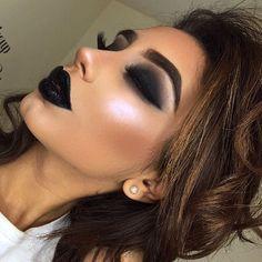 @anastasiabeverlyhills Moonchild Glow kit is everrrrrrything you need to be a unicorn . Eyes - @Lillylashes in style Mykonos. - @anastasiabeverlyhills Dark brown Dipbrow #anastasiabrows. - @illamasqua Rose Gold Palette. - @sigmabeauty Wicked gel liner. - @benefitcosmetics They're real mascara. Face - @anastasiabeverlyhills Golden foundation. - @tartecosmetics maracuja creaseless concealer in medium. - @icoinclondon cream contour. - @thebalmeu #BahamaMama bronzer. Lipsticks - @nyxcosmeti...