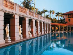 piscina del hotel Biltmore