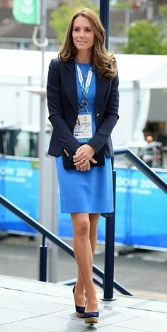 The OAK: THIS JUST IN: Kate Looks Perfect in Blue. Again.   She is lovely, gracious to others, and seemingly kind!