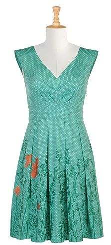 Love love love this dress!  Very tempted to buy it but no shipping outside US/Canada!  Boo hoo!