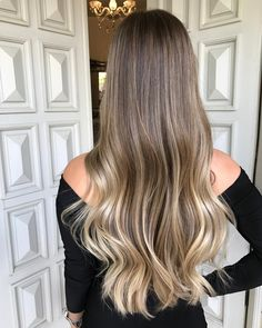 Trendy Hair Color Flamboyage Balayage Highlights Ideas - All For Hair Color Trending Ombre Hair Color, Hair Color Balayage, Brown Hair Colors, Blonde Balayage, Tape In Hair Extensions, Balayage Extensions, Balayage Highlights, Hair Looks, Hair Trends