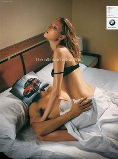 Renversement des rôles pour la campagne de pub BMW de 2009 puisque cette fois-ci c'est les hommes qui en prennent pour leur grade. #retro #bmw #sexiste