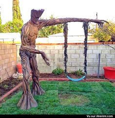 Funny pictures about Groot Tree Swing. Oh, and cool pics about Groot Tree Swing. Also, Groot Tree Swing photos. I Am Groot, Deco Originale, Guardians Of The Galaxy, Native American Indians, Street Art, Geek Stuff, Cool Stuff, Cool Things, Wonderful Things