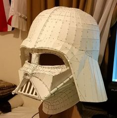 Paperized: Star Wars : Darth Vader Paper Helmet