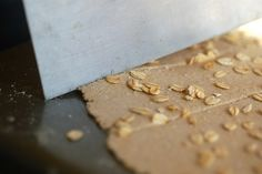 homemade all-oat crackers - easy and healthy - good for toddler snack too maybe?!