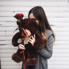 Uploaded by Find images and videos about girl, rose and teddy on We Heart It - the app to get lost in what you love. Cute Girl Photo, Girl Photo Poses, Girl Photography Poses, Girl Photos, Cute Kids Pics, Cute Girls, Girly Dp, Teddy Girl, Girl Hiding Face