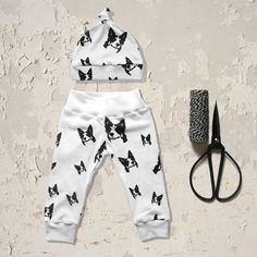 Items similar to Border Collie Dog Baby Leggings And Hat, Organic Baby Leggings, Organic Baby Hat, Baby Coming Home Outfit, Organic Infant Hospital Outfit on Etsy Collie Dog, Border Collie, Baby Coming Home Outfit, Newborn Beanie, Dog Baby, Baby Leggings, Organic Baby, Baby Wearing, Baby Knitting