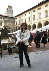 Arezzo while the monthly Antique Market is on.  www.tuscantoursandweddings.it