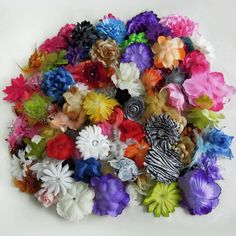 (100) Assorted Flower Heads-2-5.5