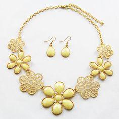NER00049 Statement  Jewelry Set