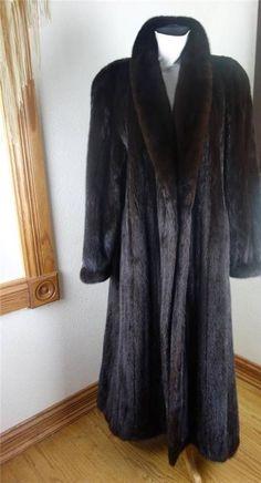 Mink Coats, Mink Fur, Fox Fur Coat, Faux Fur, Peacoats, Glamour, Fashion Guide, Fur Fashion, 1950s