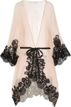 Every woman needs a sexy robe. Rosamosario 'Mezza Luna' Silk Crepe and Lace Robe via the Lingerie Addict. It would be impossible not to feel like a screen goddess walking around the house in this sheer gown with black lace. Kimono Lingerie, Lingerie Babydoll, Belle Lingerie, Pretty Lingerie, Wedding Lingerie, Beautiful Lingerie, Sexy Lingerie, Vintage Lingerie, Lace Babydoll
