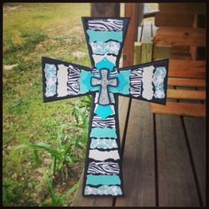 This is a cute cross! ;)