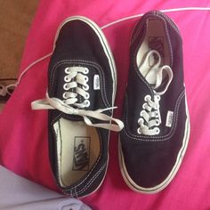 Black vans men's 7 women 8 great condition!! Very great condition black vans!!! Mens size 7 women's size 9. Worn only 10 times maybe. A little too small for me :/ Vans Shoes
