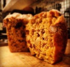 Sunshine Bread – Pineapple, Carrot & Sultana – 8 p
