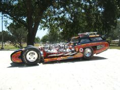 Tommy Ivo's Showboat with four Buick nailhead engines.
