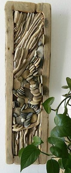 Next Post Previous Post Twigs , Branch and Driftwood decoration ideas Treibholz und Kieselsteine ​​WALL DECOR Driftwood Wall Art, Driftwood Projects, Driftwood Sculpture, Driftwood Ideas, Driftwood Fish, Deco Nature, Beach Crafts, Fun Crafts, Nature Crafts