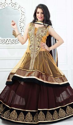 Aspire to look stylish wearing this saddle brown georgette embroidered lehenga choli dress. Look ravishing clad with this choli which is enhanced lace, patch and resham work. #CopperShadesOfShararaLachaCholeeCollection
