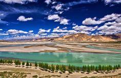 #Cina: Yarlung Tsangpo River, prefettura di Shigatse, #Tibet. Il fiume più alto del mondo