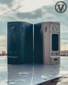 Rain or shine, count on EVCigarettes to bring you the best vape gear! Stop by and get Wismec & Jaybo's latest flagship box mod, the Reuleaux RX300!   This beast accepts 4 18650 batteries to conjure up a monstrous 300W max output, while still feeling solid and ergonomic in the hand. If you liked the battery life of the RX200, you'll love the RX300!  It also has the versatility of full temperature...