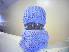 GREY AND BLUE HAT SET