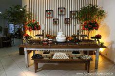 Mesa do bolo - Delicia - Adorei !!!!!!!!