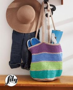 Lily Striped Market Tote Bag, Crochet Pattern  |  Yarnspirations | Free Pattern | Crochet