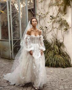 Wedding Goals, Boho Wedding, Lesbian Wedding, Boho Bride, Dream Wedding Dresses, Bridal Dresses, Fairy Wedding Dress, Sunny Dress, Vestidos Vintage