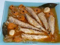 Caballa en escabeche. Este plato de pescado pertenece a la cocina mas tradicional. Se puede consumir durante todo el año, aunque sea un pescado de tem...