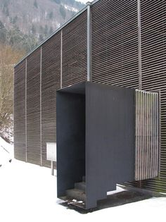 Architecture of Observation Shelter for Roman Ruins in Chur, Switzerland by Peter Zumthor, for Roman Ruins in Chur, Switzerland by Peter Zumthor, 1986 Detail Architecture, Contemporary Architecture, Art And Architecture, Ancient Architecture, Sustainable Architecture, Therme Vals, Exterior Stairs, Entrance Design, Entrance Ideas