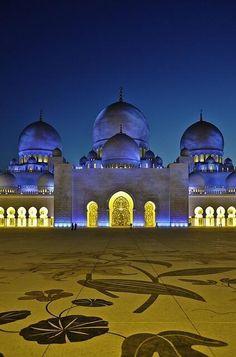 Sheikh Zayed Mosque @ Abu Dhabi, UAE