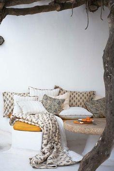 whereveryouwanderandroam:  Cozy nook