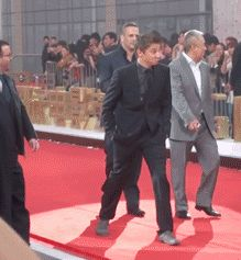 GIF - reason 387 why I love Renner.  Come follow my new tumblr blog -jeremyrennersbeautycausesmepain.tumblr.com