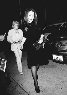 Priscilla Presley with her mom Ann Beaulieu