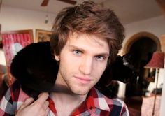 Keegan Allen. Plays Toby in Pretty Little Liars. That butt chin dimple just gets me. I love it.