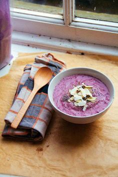 8. Blueberry Bliss Bowl #healthy #smoothies #recipe http://greatist.com/eat/smoothie-bowl-recipes