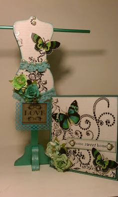 Teni Tiny Crafts: Altered dressform and a card
