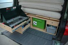grill slaapplatform en keuken camperwagen opbouw