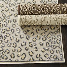 Dressy and sophisticated, this textured cheetah patterned rug motif of our Celine Cheetah Rug is woven over a thin, finely knotted base, so the pattern is crisply defined and stands out for added visual texture. Room Rugs, Rugs In Living Room, Area Rugs, Dining Rooms, Leopard Rug, Cheetah, Celine, Visual Texture, Hand Tufted Rugs
