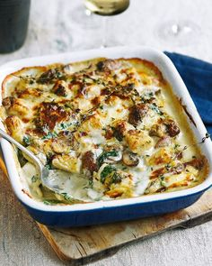 Baked gnocchi with cream, mushrooms and blue cheese sauce This recipe of soft, pillowy gnocchi baked in a creamy blue cheese mushroom sauce is a great dinner for a cold winter's night. Baked Gnocchi, Gnocchi Recipes, Pasta Recipes, Dinner Recipes, Cooking Recipes, Endive Recipes, Cooking Pork, Cooking Turkey, Veggie Recipes